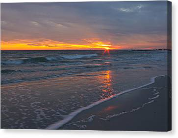 Canvas Print featuring the photograph The Sunset Kissing The Waves by Jose Oquendo