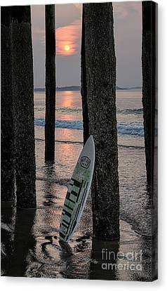 The Surf Awaits Canvas Print by Scott Thorp
