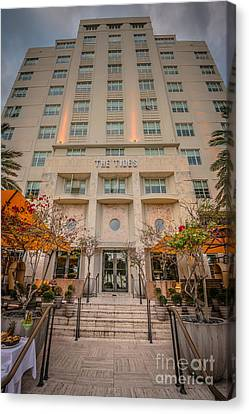 The Tides Art Deco Hotel South Beach Miami - Hdr Style Canvas Print