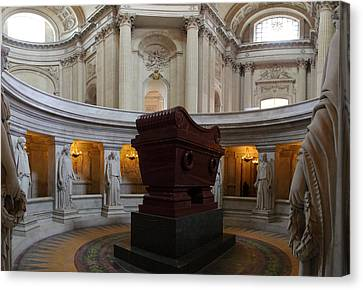 The Tombs At Les Invalides - Paris France - 011328 Canvas Print by DC Photographer