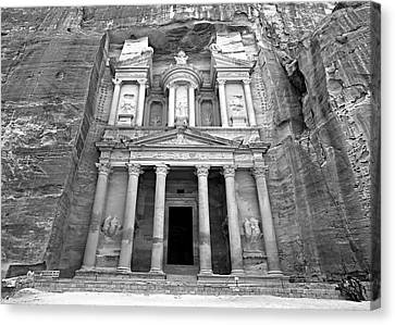 The Treasury At Petra Canvas Print by Stephen Stookey