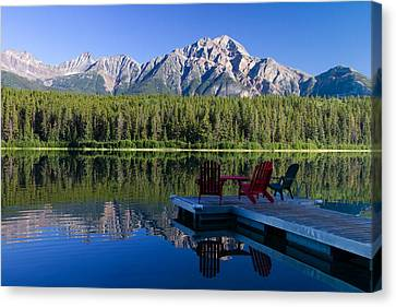 Canvas Print featuring the photograph The View by Phil Stone