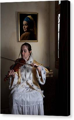 Canvas Print featuring the photograph The Violin Player by Levin Rodriguez