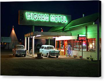The Wigwam Motel On Route 66 2 Canvas Print by Mike McGlothlen