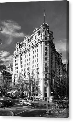 D.c. Canvas Print - The Willard Hotel by Olivier Le Queinec