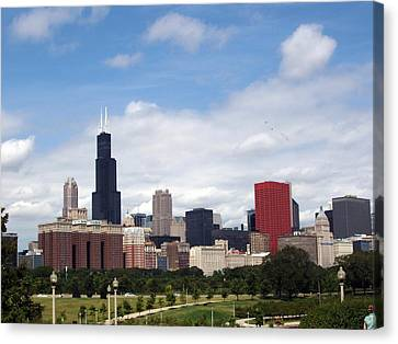 Canvas Print featuring the photograph The Windy City by Teresa Schomig