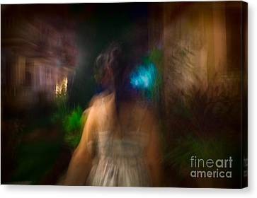Fine Art India Canvas Print - There She Was by Julian Cook