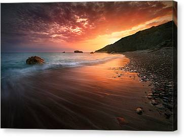 This Is How It Ends Canvas Print by Tomasz Huczek