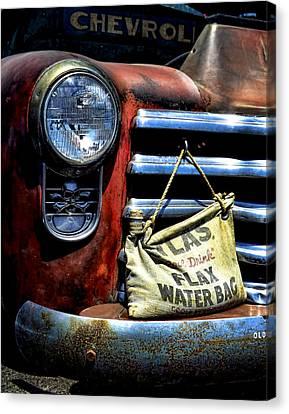 This Ol' Chevy Canvas Print