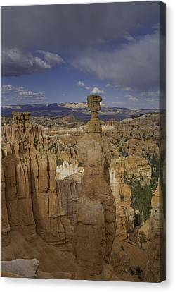 Thor's Hammer Vertical Bryce Canyon Canvas Print by Jonathan Davison