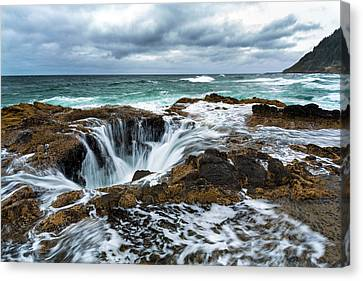 Thor's Well Canvas Print by Robert Bynum