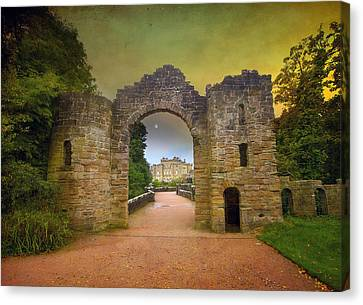 Canvas Print featuring the photograph Through The Arch by Roy  McPeak