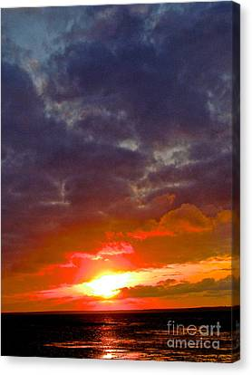 Through Time Canvas Print by Q's House of Art ArtandFinePhotography