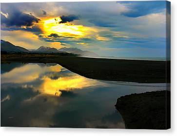 Canvas Print featuring the photograph Tidal Pond Sunset New Zealand by Amanda Stadther