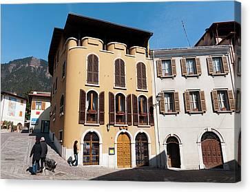 Tignale, Lago Di Garda, Lombardia, Italy Canvas Print by Sergio Pitamitz