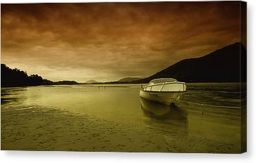 Time To Relax 01 Canvas Print by Kevin Chippindall