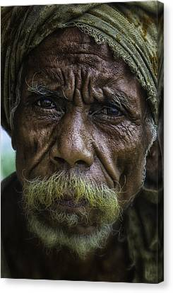 Timorese Fisherman Canvas Print by David Longstreath