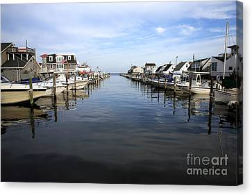 To The Sea At Lbi Canvas Print by John Rizzuto
