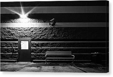 To Wait Or To Enter Canvas Print by Everet Regal
