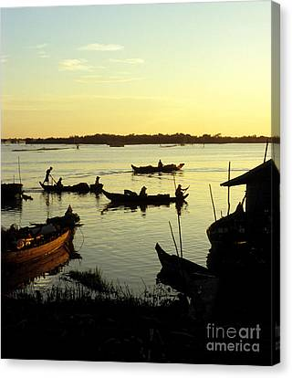 Tonle Sap Sunrise 04 Canvas Print by Rick Piper Photography