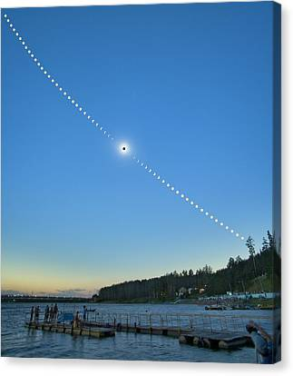 Total Solar Eclipse Canvas Print by Juan Carlos Casado (starryearth.com)