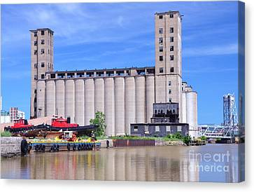 Tour Down Buffalo River Canvas Print by Kathleen Struckle