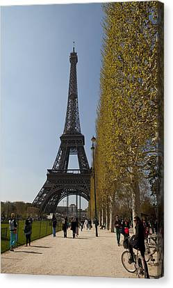 Tour Eiffel 6 Canvas Print by Art Ferrier