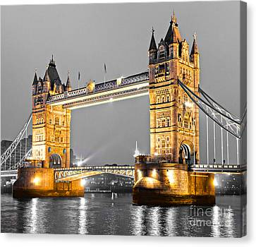 Tower Bridge - London - Uk Canvas Print