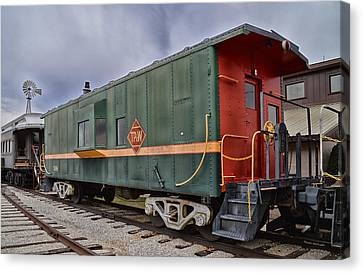 Tpw Rr Caboose Side And Front Views Canvas Print