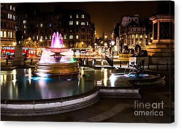 Canvas Print featuring the photograph Trafalgar Square by Matt Malloy