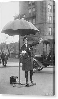 Traffic Cop In Washington D.c., Circa Canvas Print by Stocktrek Images