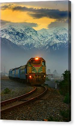 Train In New Zealand Canvas Print by Amanda Stadther