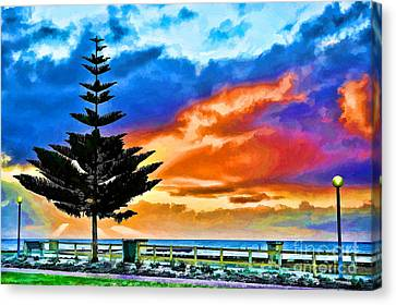 Tree And Sunset Canvas Print by Yew Kwang