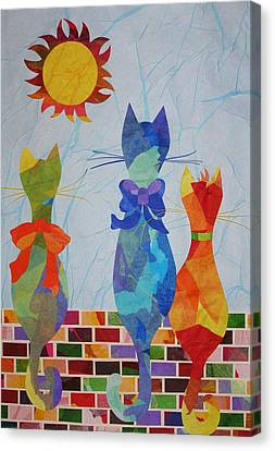Tres Gatos Canvas Print
