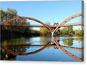 Canvas Print featuring the photograph Tridge by Michael Donahue