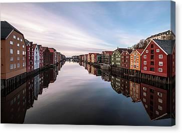Trondheim, Norway Canvas Print by Par Soderman