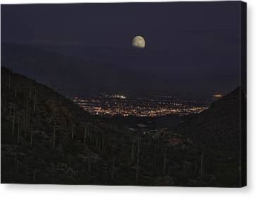 Canvas Print featuring the photograph Tucson At Dusk by Lynn Geoffroy