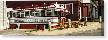 Tumble Inn Diner Claremont Nh Canvas Print by Edward Fielding