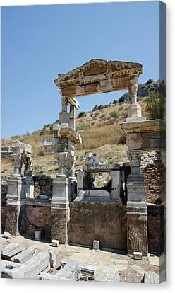 Turkey, Ephesus The Nymphaeum Traiani Canvas Print by Cindy Miller Hopkins