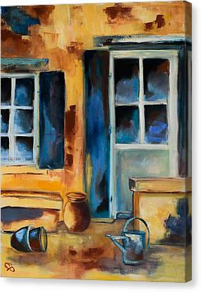 Tuscan Courtyard Canvas Print by Elise Palmigiani