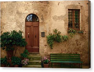 Tuscany At Your Doorstep Canvas Print