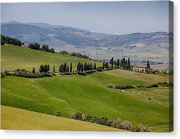 Canvas Print featuring the photograph Tuscany by Uri Baruch