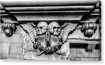 Twin Winged Skull With Laurel Detail - Southwark Cathedral - London - England - Black And White Canvas Print