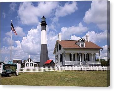 Canvas Print featuring the photograph Tybee Island Light by Gordon Elwell