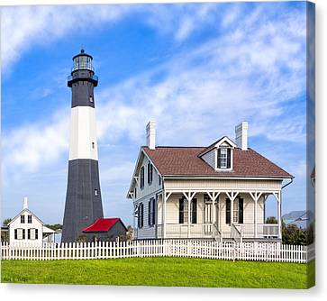 Tybee Island Lighthouse At Dawn Canvas Print