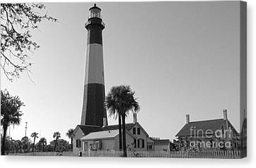 Tybee Lighthouse 1 Canvas Print by D Wallace