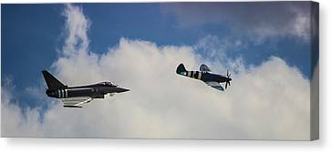 Typhoon V Spitfire Canvas Print by Martin Newman
