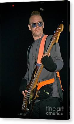 U2-adam-gp24 Canvas Print by Timothy Bischoff