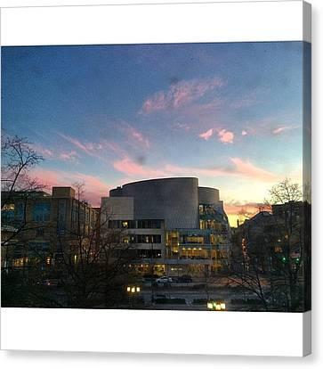Ub Sunset Canvas Print