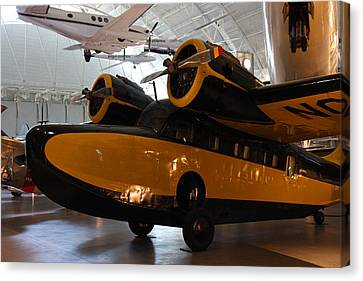 Udvar-hazy Center - Smithsonian National Air And Space Museum Annex - 1212100 Canvas Print by DC Photographer